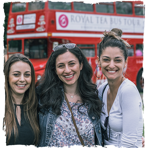 Girls with Bus FesTeaVal Distressed effect 500x500